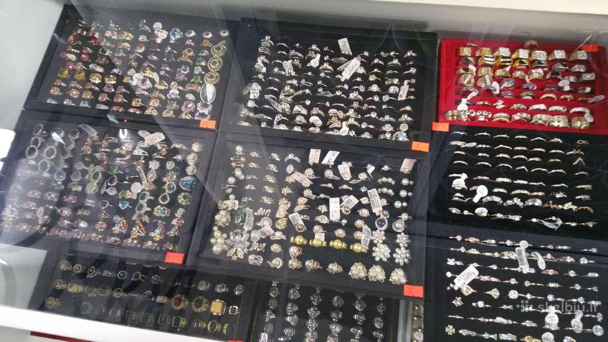 Siūlau daug visokių žiedų kainos nuo 5 iki 25 eurų