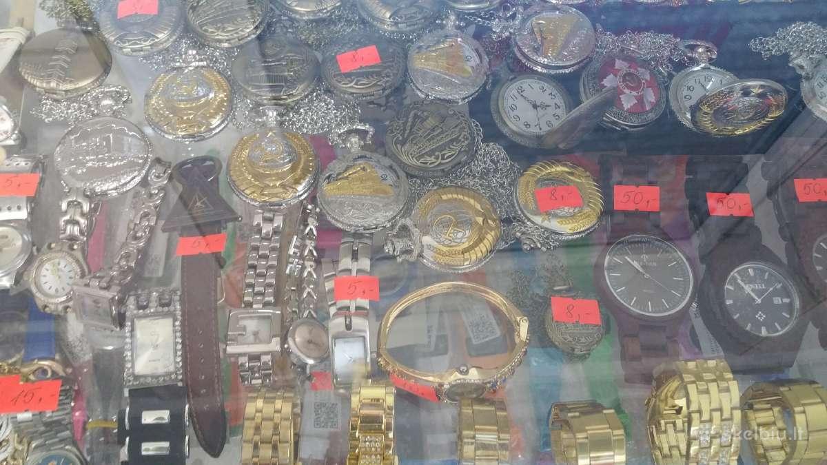 Parduosiu išmanu laikrodi kaina 30 euru.