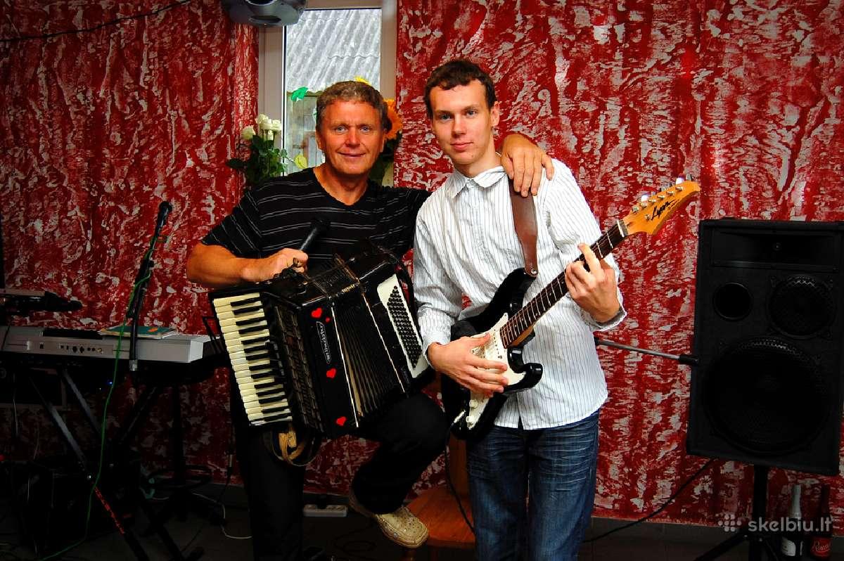 Muzikantai Juozas ir Marius