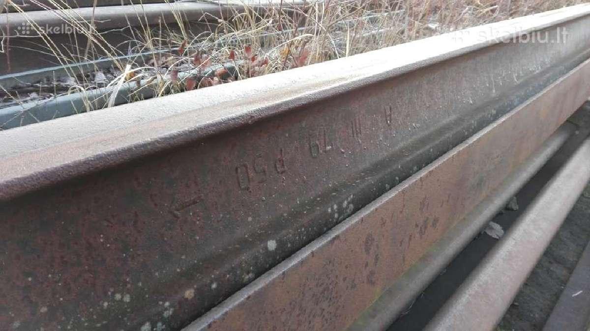 Seni 2 metaliniai begiai po 5m25cm ilgis