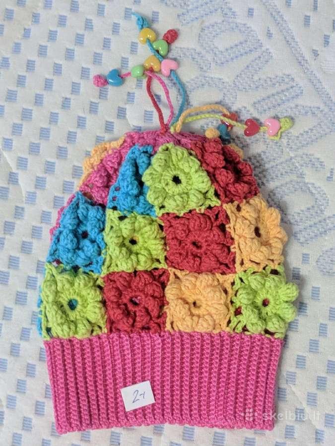 Rankų darbo kepurė 6-12 mėn. vaikui