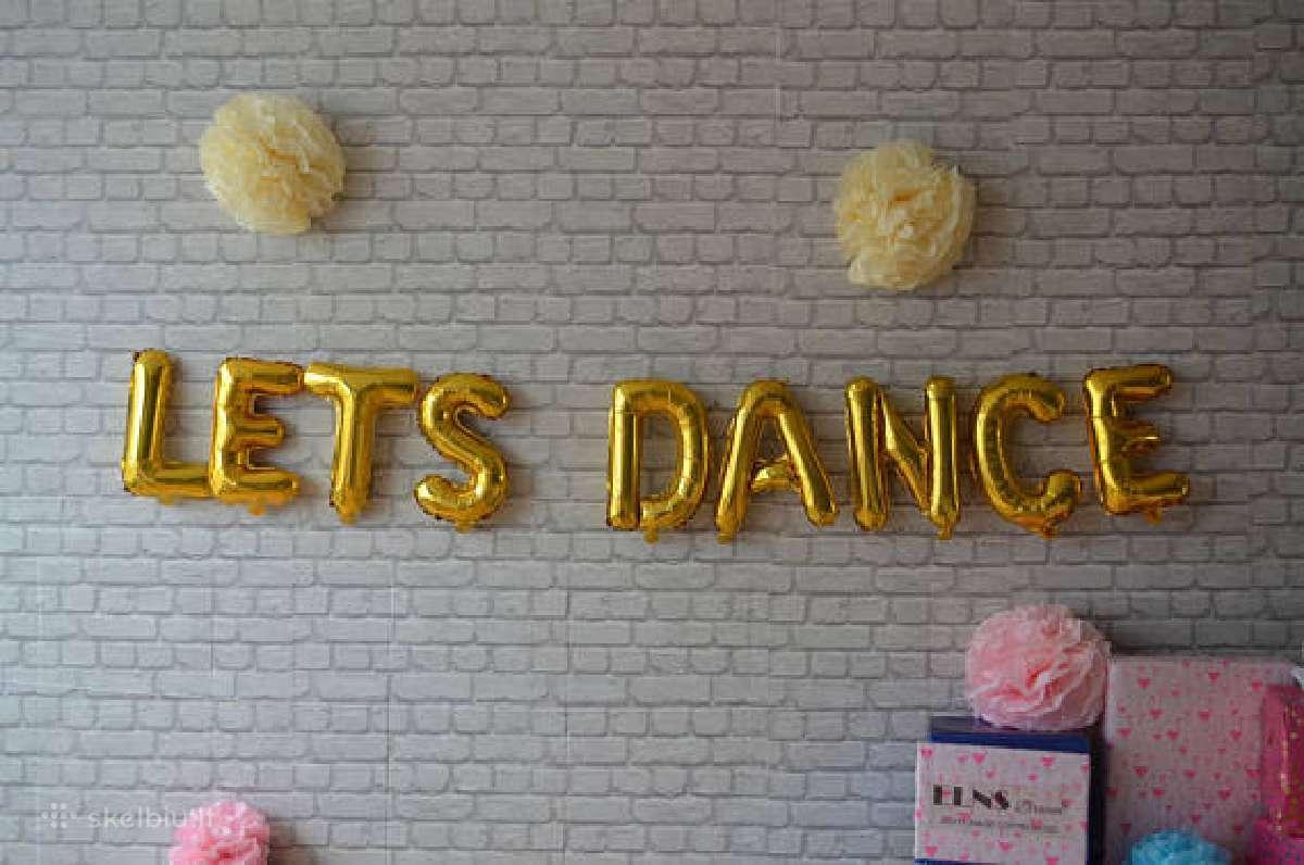 Foliniai auksiniai balionai Lets Dance