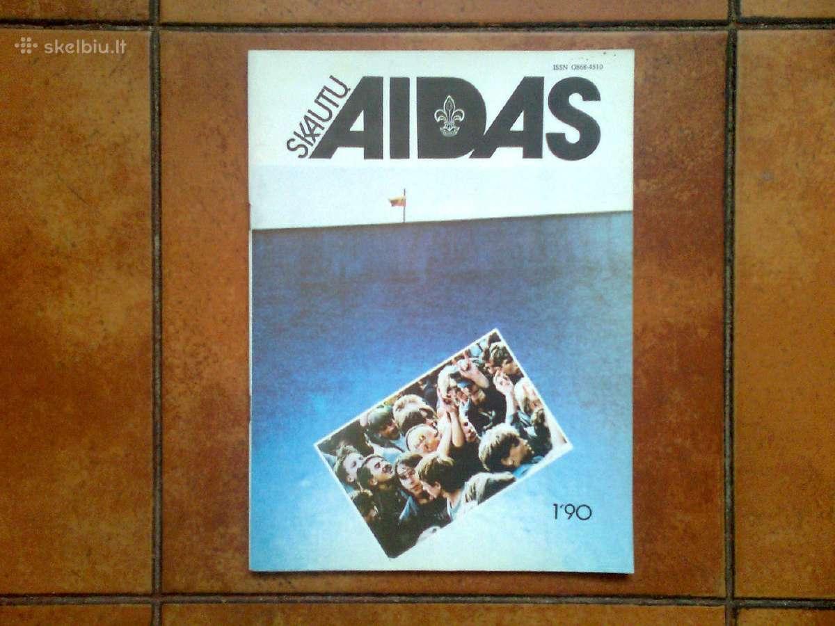"""Pats pirmasis """"Skautu aido"""" numeris 1990 metai."""