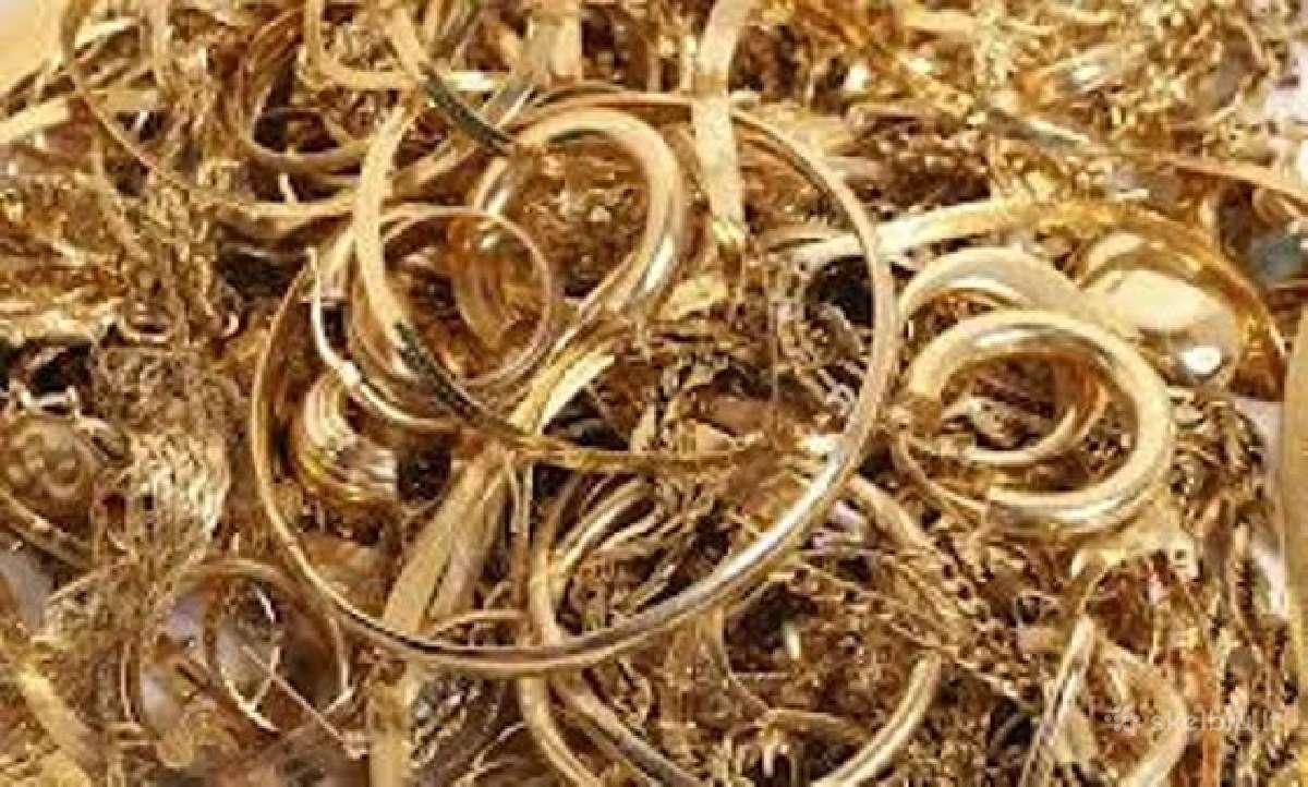 Parduoda auksą biržos kaina