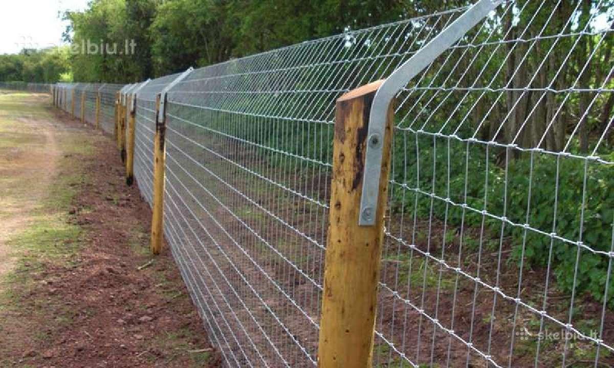 Tinklinė tvora, stulpai