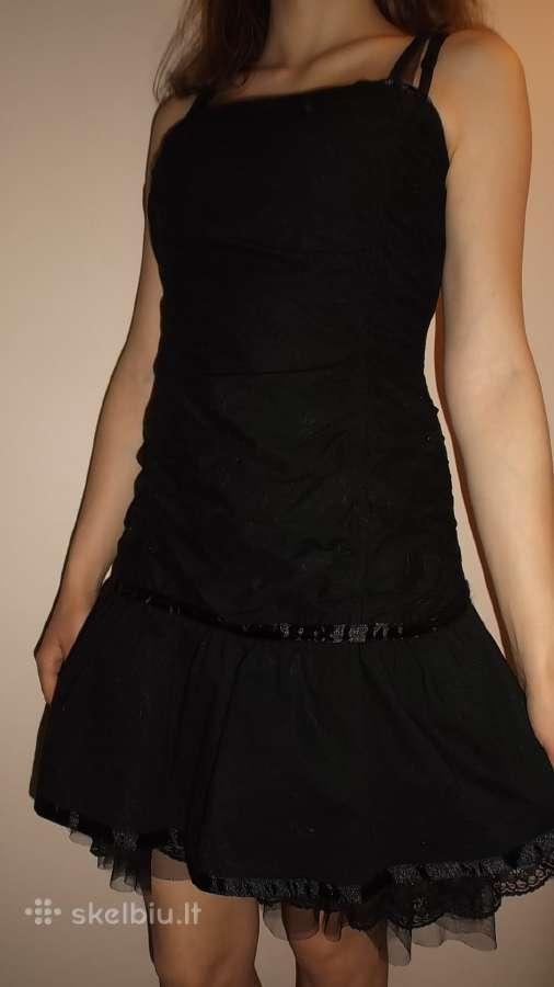 Juoda suknelė