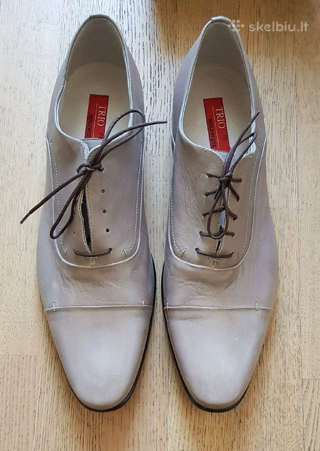 Nauji vyriški batai. 48 dydis