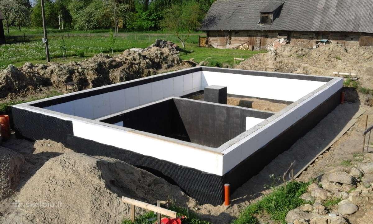 Pamatų įrengimas, sienų, laiptų betonavimas