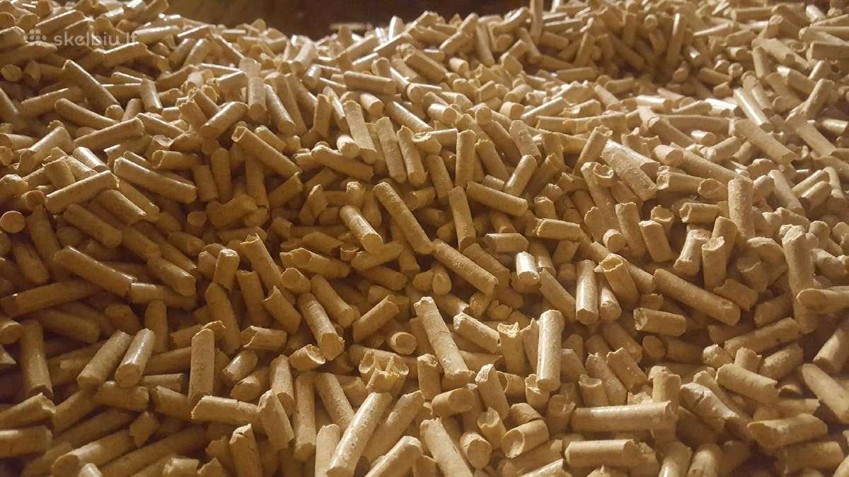 Medžio pjuvenų granulės, su pristatymu