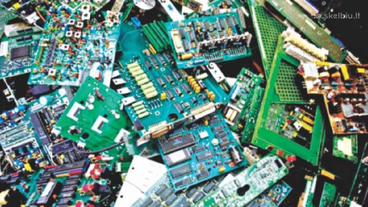 Superkame elektroniką, plokštes, metalus