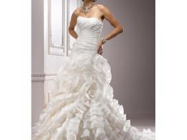 Graži maggie sottero vestuvinė suknelė