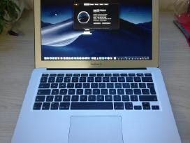 Apple MacBook Air (Early 2015) 13