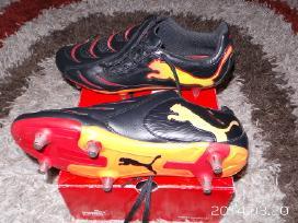 Puma futbolo bateliai / metalai
