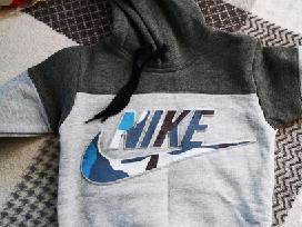 Nike komplektas