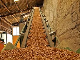 Tiesiai iš gamintojo medžio granulės,briketai.