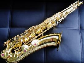 Yamaha visi saksofonai 21, 23, 25, 275,32, 475,62