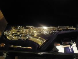 Saksofonai pradedantiems ir profesionalams.