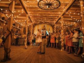Girliandų nuoma vestuvems ar kitai progai.