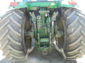 Traktoriaus john deere 7800 atsarginės dalys