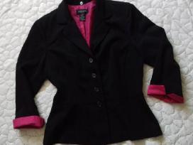 Juodas švarkas rožinėm rankovėm