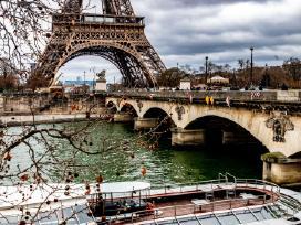 Mokau prancūzų kalbos/ verčiu iš Fr į Lt kalbą