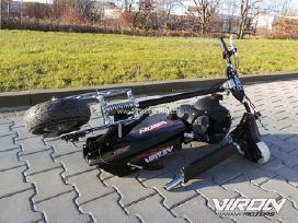 Elektrinis motoroleris-paspirtukas