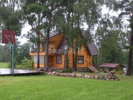 Švenčionių rajone ant Švento ežero kranto