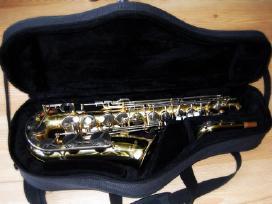 Saksofonai altai, tenorai, sopranai, baritonai
