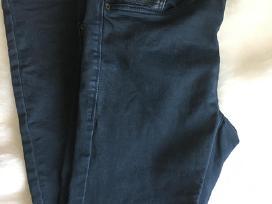 Zara džinsai