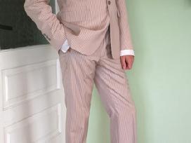 Vyriškas kostiumas M/l dydis