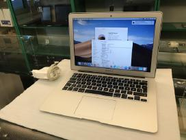 MacBook Air 13 i7 8gb 128gb SSD su garantija