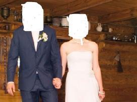 Puiki vestuvine suknele
