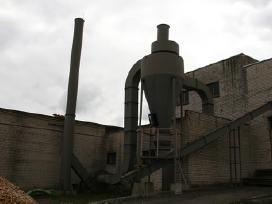 Pjuvenu-biomases dziovykla Avm-1,5 su 2,5mw pakura