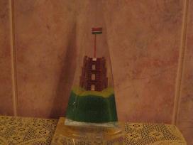 Suvenyras is organinio stiklo.zr. foto.