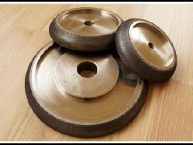 Juostinių pjūklų galandinimo diskai borazoniniai
