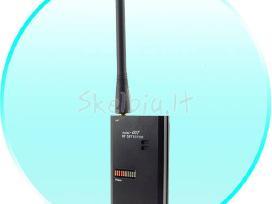 Universalus vaizdo ir garso signalų detektorius.