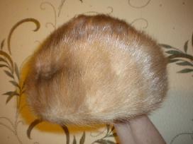 Audines kailio kepures