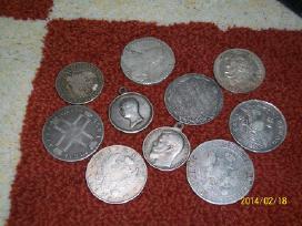 Ieskau 1 rublio. 50 kapeiku, 25 kapeiku monetu