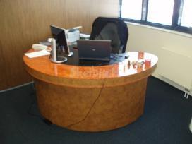 Nestandartiniai biuro baldai