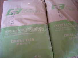 Cementas 3,60 Eur/vnt