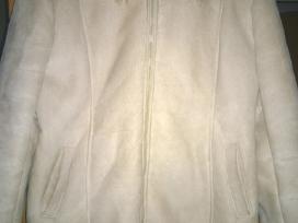 Moteriškas dirbtinis paltukas