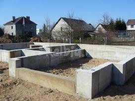 Pamatų įrengimas, užpylimas, betonavimo darbai.
