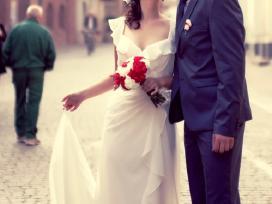 Romantiška vestuvinė suknelė