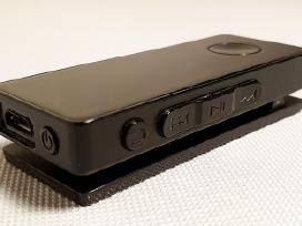 Nešiojamas grotuvas-ausinukas su radiju Sony Sbh50