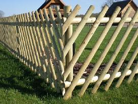 Medinių kuolų apsauga nuo puvimo Postsaver miško