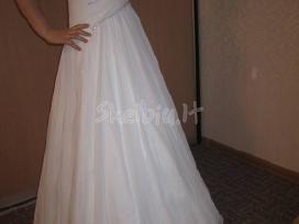 Nuostabi nauja suknele - nuotraukos Nr. 2