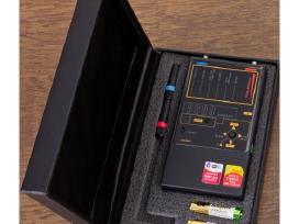 Profesionalus detektorius aptinka, blakes, kameras