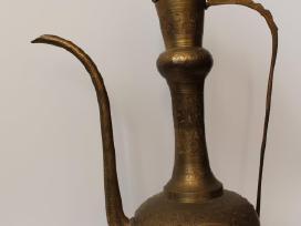 Žalvarinė Aladino lempa