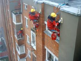 Daugiabučių namų remontas, aukštuminiai darbai