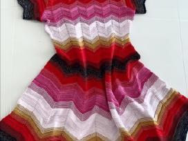 Nuostabi žėrinti suknelė